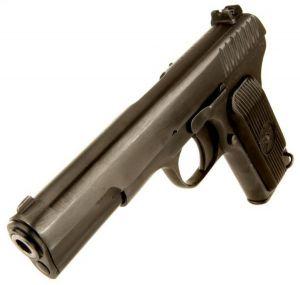 Выдержать даже попадание пули при выборе модели оружейного шкафа следует
