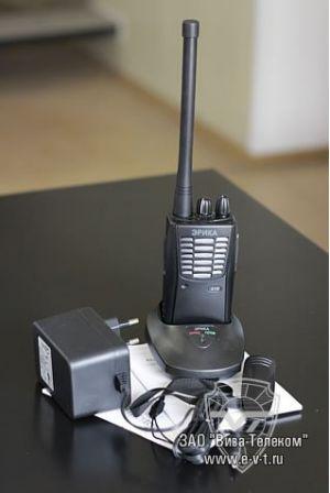Радиостанции являются